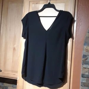 Halogen Black Short Sleeve V-Neck Top